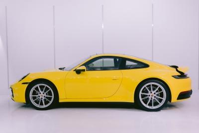 PORSCHE 911 CARRERA  3.0 - AMARELA RACING SÓLIDO